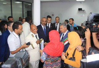 Actualit passeport biom trique bedoui l a annonc hier for Interieur gov dz passeport